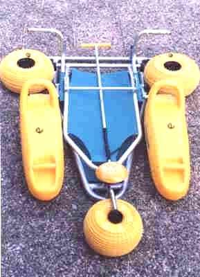 tiralo folded1 - Kumsalda-sahilde-denizde y�zebilen sandalye