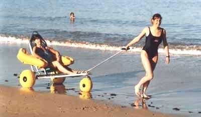 tiralo plage1 - Kumsalda-sahilde-denizde y�zebilen sandalye